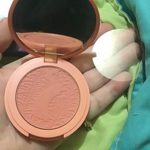 Tarte Amazonian clay 12-hour blush in captivating